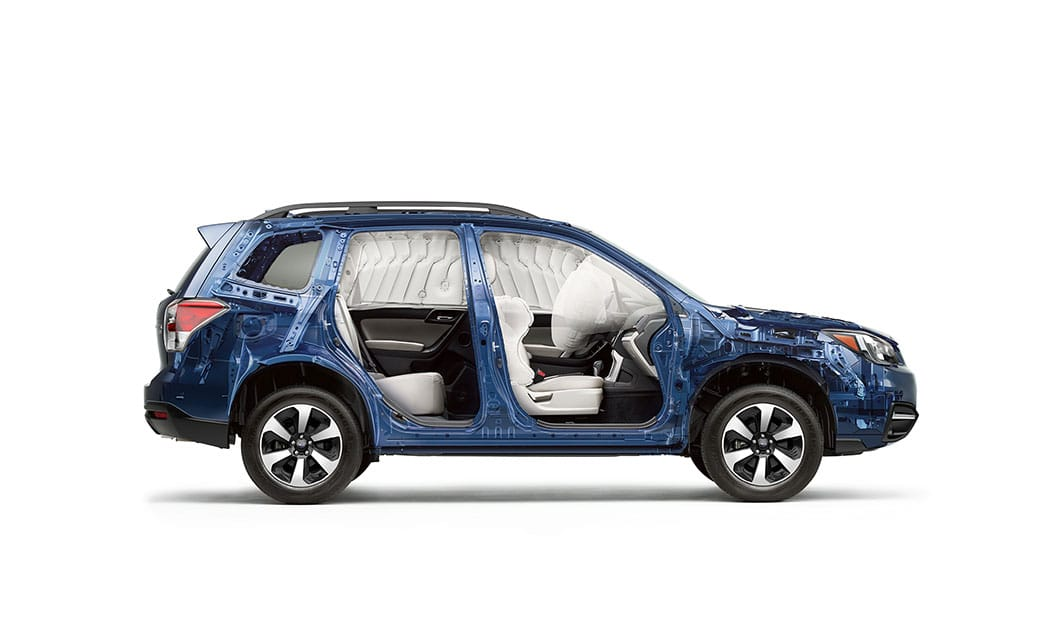 <b>Passenger Protection</b><br><br>To help keep occupants safe, we included seven standard airbags, including a driver&rsquo;s knee airbag for extra protection in the event of a crash.<sup>14</sup> However, should the unexpected happen, you can also count on the exceptionally strong ring-shaped reinforcement frame to help protect everyone inside.<br>