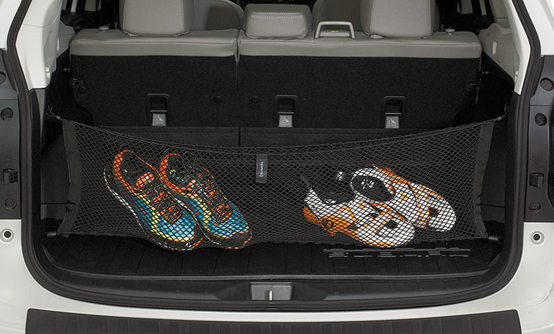 <b>Rear Cargo Net </b><br><br>Neatly holds cargo and prevents it from sliding while the vehicle is in motion.<br>