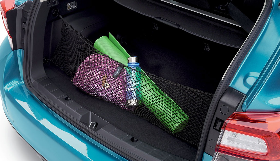 Neatly holds cargo and prevents it from sliding while the vehicle is in motion.