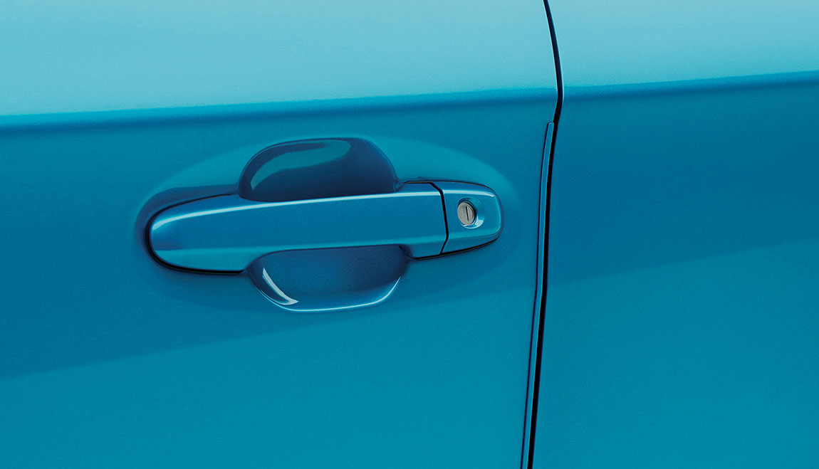 Help protect your door edges from dings and chips with custom-fit, body color-matched, stainless steel Door Edge Guards. They help preserve the appearance of your Subaru while seamlessly blending into the door design.