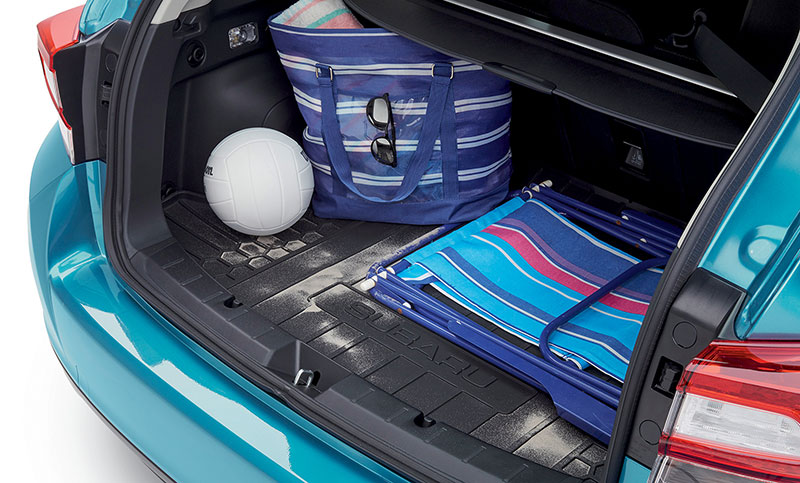 <b>Cargo Tray</b><br><br>Removable tray helps to protect the cargo area from stains, dirt and other messes while providing a surface that helps reduce the shifting of cargo while driving.