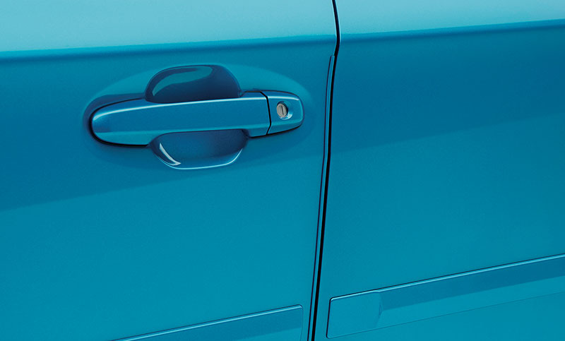 <b>Door Edge Guards</b><br><br>Help protect your door edges from dings and chips with custom-fit, body color-matched, stainless steel Door Edge Guards. They help preserve the appearance of your Subaru while seamlessly blending into the door design.