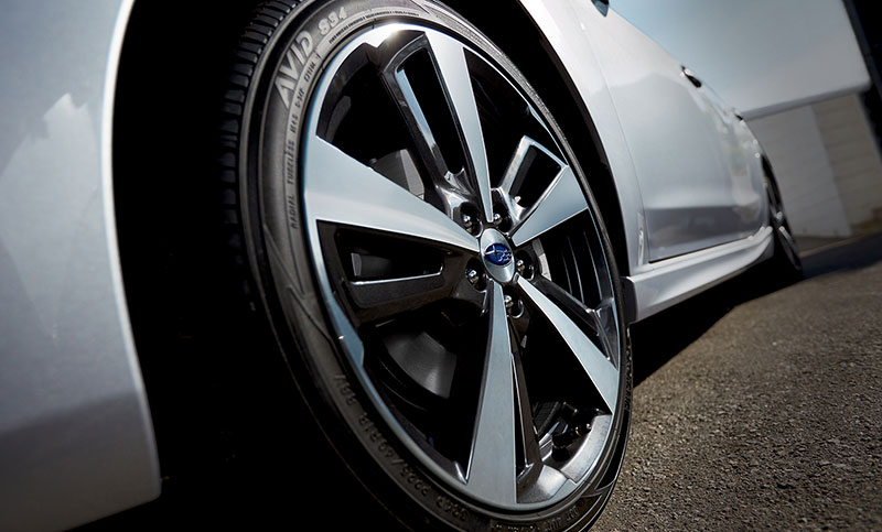 18-inch alloy wheels and sport suspension tuning are just a couple of the perks you'll find on the Impreza 2.0i Sport.