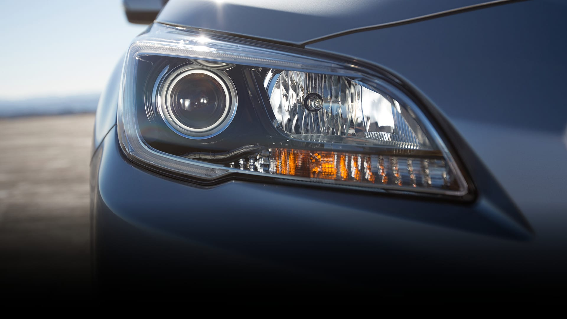 Considerably brighter, standard HID headlights on the 3.6R supply extra illumination for darker roads.
