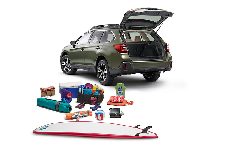 <b>Room to play.</b><br><br>With the Outback, versatility isn&rsquo;t an add-on, it&rsquo;s standard. Equipped with roof rails that feature retractable cross bars seamlessly integrated into its design, every Outback is adventure-ready, right out of the factory. And with prodigious space, 60/40-split folding rear seatbacks, and an available power rear gate with height memory, the Outback has the versatility to match its capability.